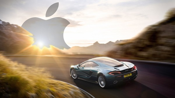 Apple in talks on McLaren supercars takeover