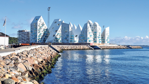 The Isbjerget (Iceberg) housing scheme near Aarhus harbour