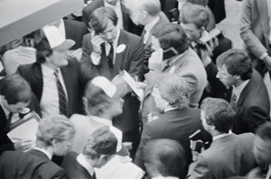 Traders at the London Stock Exchange in 1984