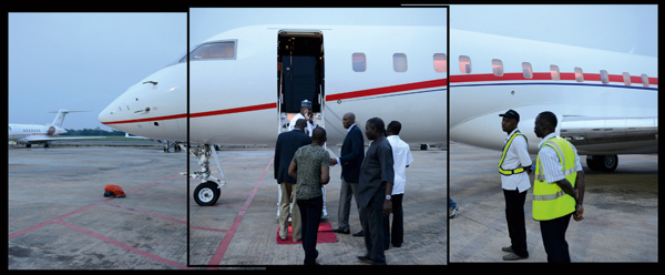 Aliko Dangote boarding one of his private jets
